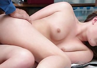 Shoplifter babe Alyssa Cole bangs in her pussy