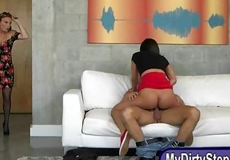 Diamond Foxx and Amara Romani threeway