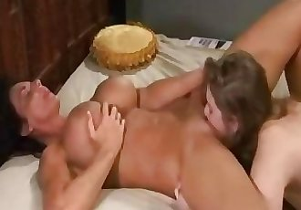 Mom Squirts all over