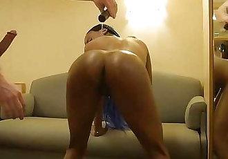 Perfect Ebony Teen Twerks Big Fat Oily Ass On Tinder Guys Lucky White Dick