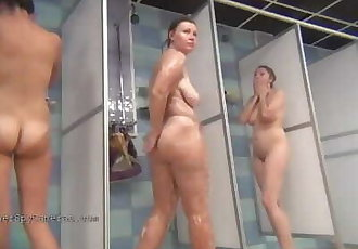 Spy on real girls in showers & dressing rooms