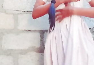 sri lankan school girl in stock roomස්කුල් නංගි පාලු ගෙදරක රේප්