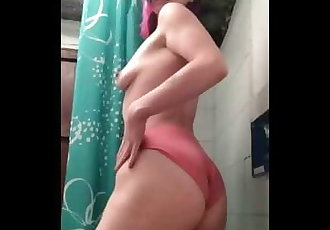 Teen Girl Pee Desperation has to Piss but Can't Hold it for Daddy