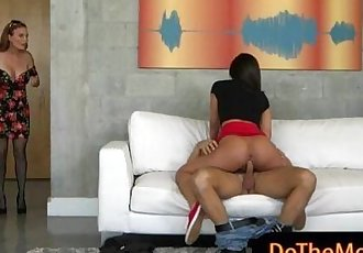 Diamond Foxx and Amara Romani hot threeway on the couch