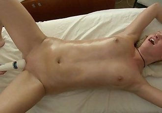 Young Blondes First MassageHD