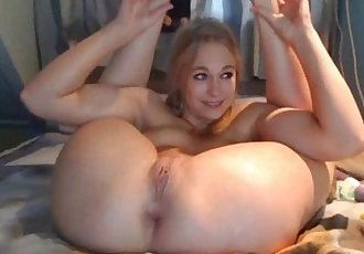 Blonde girl squirting