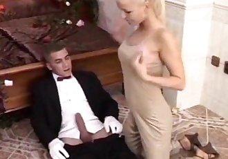 Sexy blonde and waiterHot anal