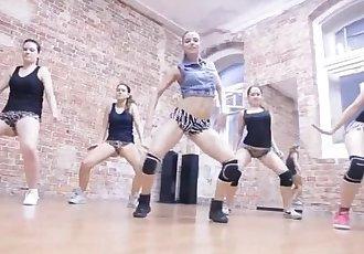 Sexy Russian Twerking Dance Team Forma - Monster Winer
