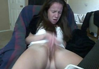 She is really going for the rub out - TotallyNSFW.com - 3 min