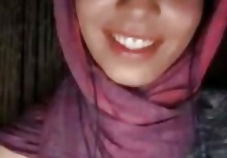 arab girl flash 2