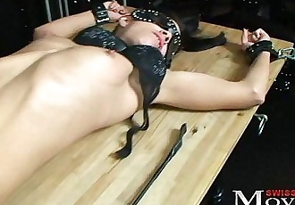 Amanda 18j. in chains - perverse games in Dark Room - 4 min