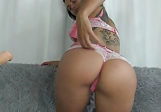 French Horny Brunette Play With Her Tiny Pussy With Fuck Machine & Squirt