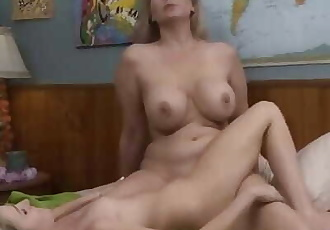 Step Mommy Seduced by Teen Girl