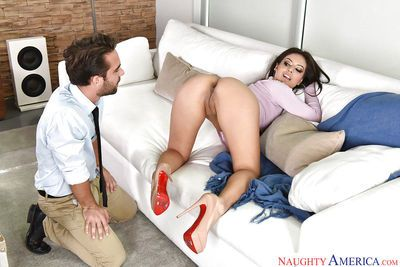 Appealing Jynx Maze kneels to suck cock and have her ass jizzed