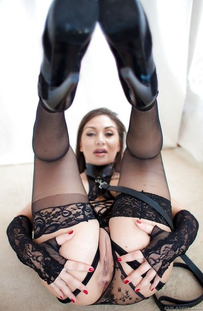 Erotic model Lea Lexis in heels & lace panties spreading to show bad twat - part 2