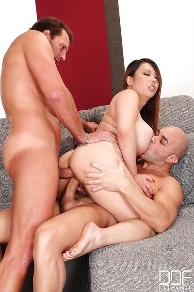 Asian hardcore threesome along big ass Asian MILF in heats Tigerr B - part 2