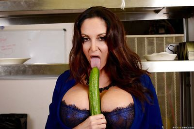 Bosomy cougar Ava Addams deepthroating cucumber while seducing younger man