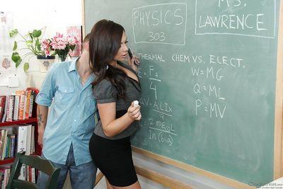 Slutty teacher goes down on her naughty student\