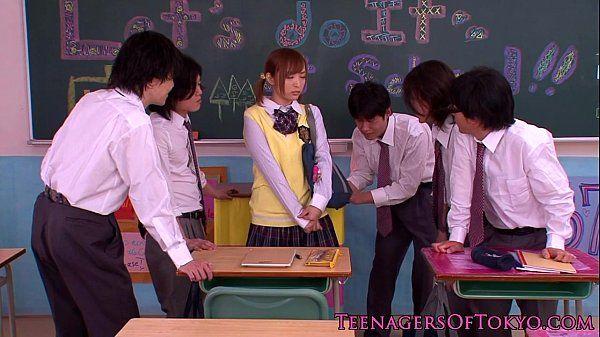 Innocent asian schoolgirl in bukkake action HD