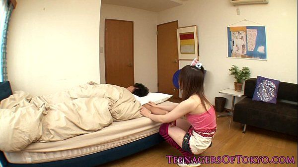 Petite asian gf wakes bf up with a handjob HD