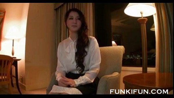25 yearl old japanese married woman