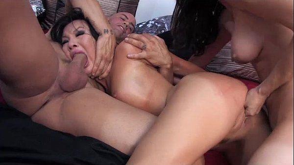 Порно видео анальные сцены с асой акирой