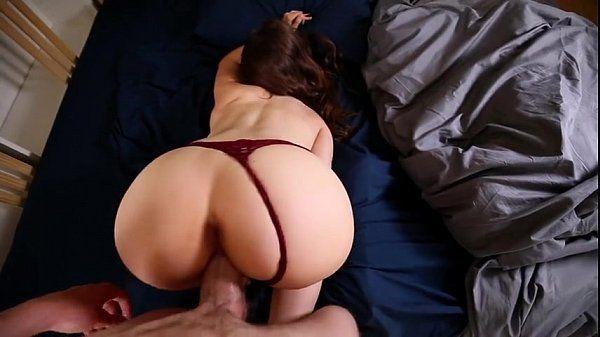 Despierto a mi novia con mi pene Girlssexycam.com