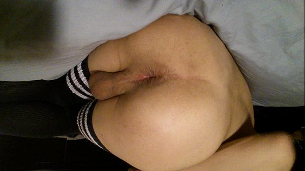 Fucking my ass in thigh high socksTaylor95