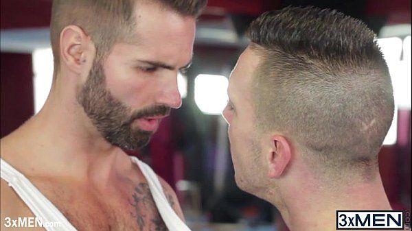 Horny Latino Paddy O Brian fucks Dani Robles face good and hard