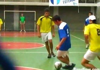 Jogadores de futebol brasileiros pt 2 KeepingScore3
