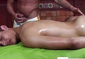 Massage BaitGay Massage With Happy Endingclip01