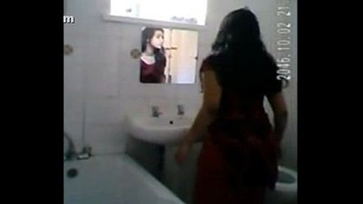 Desi girl bath spy - 12 min