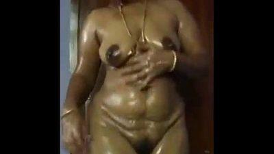 Pavi - Desi wife Nude Dance - 3 min