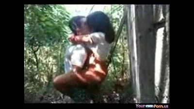 Desi girl fucked in jungle - 5 min