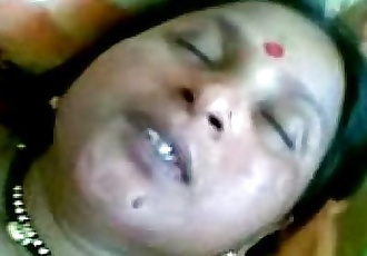 Indian Village aunty sex in her husband - 4 min