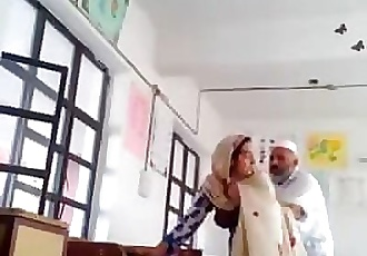 Desi head master fuck urdu teacher school affair caught mms