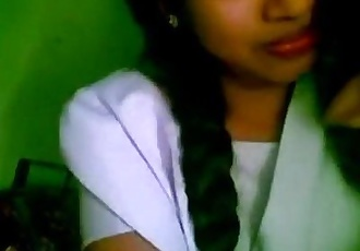 www.indiangirls.tk INDIAN GIRLFRIEND AMATEUR KISSING MMS SCANDAL - 4 min