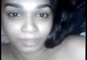 Indian Girl moaning loud 69 sec