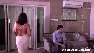 Indian Desi Hot HouseWife Trapped n Seduced Young Brother-in-law - Indiandesitube.com - 8 min
