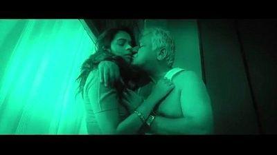 Hot indian babe seduces old man - 2 min