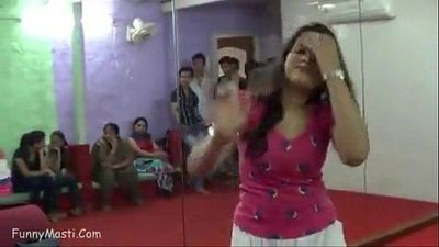 Indian girl dance on hindi dirty song - 1 min 34 sec