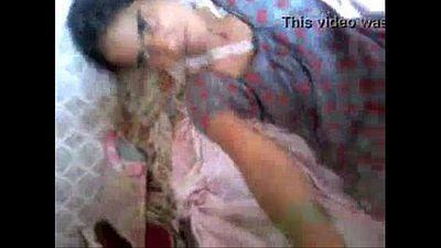 Sandhya Aunty - 1 min 38 sec
