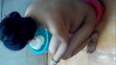neha bath - 2 min
