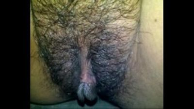 ready to pee pt.1 : I bet this pussy will definitely make you horny and cum - 24 sec