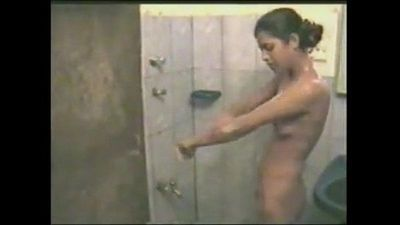 Desi couple bathing and having sex - 13 min