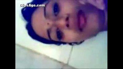 desi indian couples fucking in bathroom - 37 sec