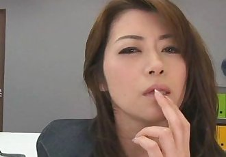 Hojo toying her pussy during an office meeting - 8 min