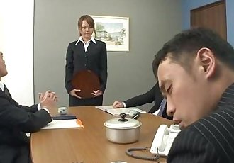 Lady Saki got recognized from porn videos so she blows - 59 sec