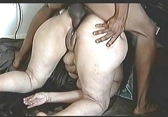 Mature Couple Sex Tape Mega Squirt Action - 3 min