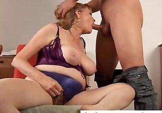 Beautiful big tits MILF gives a great blowjob - 9 min